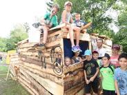 Nersingen: Holzhütten sind beim Nersinger Ferienabenteuer der Renner