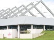 Neu-Ulm/Ulm: Dach der Eissporthalle ist marode