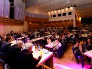 Günzburg: Auf dem Podium wird um jede Stimme gekämpft