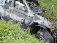 Ehingen: 23-Jähriger stirbt nach Fahrt gegen Baum