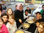 Pfaffenhofen: Von Reisgerichten und Reisegeschichten