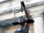 Kempten: Mann vergewaltigt 17-Jährige auf Geburtstagsparty in Badezimmer
