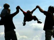 Elterngeld und Co.: Tipps: Was für junge Eltern wichtig ist
