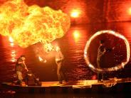 Tradition in Neuburg:: Feuer und Wasser auf der Donau