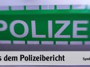 Auf der A 9 bei Denkendorf:: Kleintransporter rammt Schwertransporter