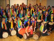 Benefizkonzert: Sänger und Trommler in Heilig Geist