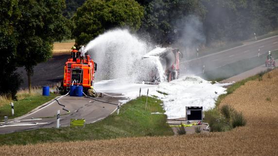 Schrobenhausen: Staatsanwaltschaft klagt Fahrer des brennenden Tanklasters an