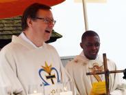 Kirche: Neuer Kaplan lernt Bayerisch