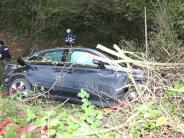 Bergheim: Autofahrer landet im Graben