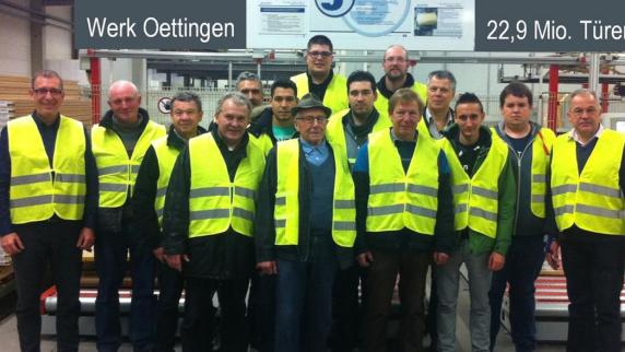 Türenhersteller  Besuch: Megesheimer Wehr besichtigt Europas größten ...
