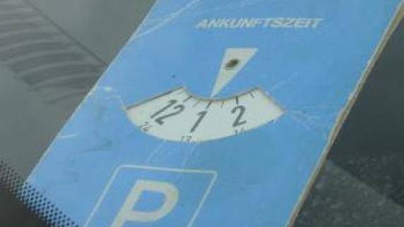 Debatte: Parkgebühren: Es bleibt spannend