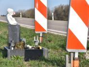 Kreis Donau-Ries: Gedenktafeln am Straßenrand können zur Gefahr werden