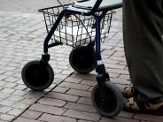 Bopfingen: Rollator gegen Auto: 91-jähriger Fußgänger leicht verletzt