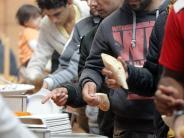 Donauwörth: Asyl: Debatte um Geldleistungen