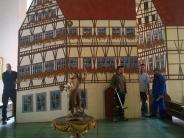 Oettingen: Historienspiel: Katholischer Pfarrer spielt Martin Luther