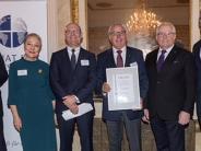 Auszeichnung: Hans Hager ist jetzt Senator der Wirtschaft