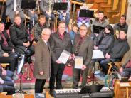Weihnachtskonzert: Festmusik und Spenden