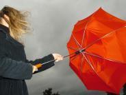 Landkreis: Deutscher Wetterdienst warnt vor Sturmböen