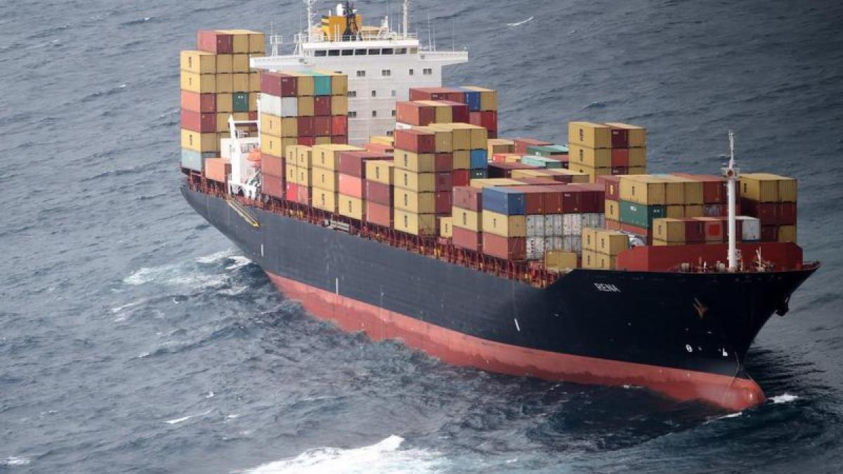 Nach Havarie von Frachtschiff Öl läuft aus Neuseeland  ~ Geschirrspülmaschine Läuft Aus