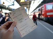 München: Bahnkarten-Fälscher zu Gefängnisstrafen verurteilt