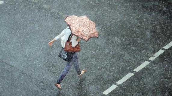 Unwetterwarnungen: Wetterdienst warnt vor Dauerregen in der Region