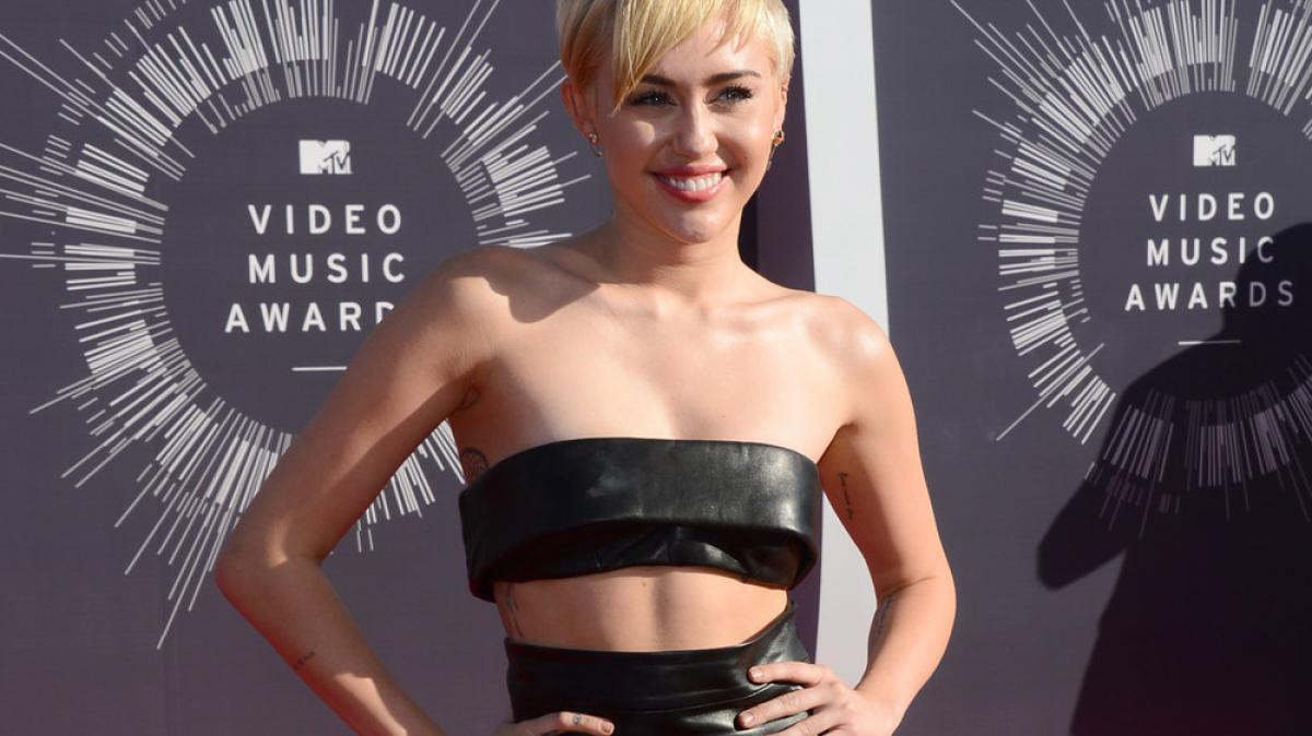 Miley Cyrus nackt Spiele