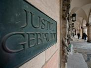 Landgericht Nürnberg-Fürth: Sanitäter soll Frauen bewusstlos gemacht und vergewaltigt haben