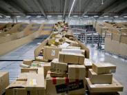Weihnachtsgeschäft: Klicken, kaufen, liefern - Paketflut zum Jahresende erwartet