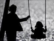 """Muttertag 2015: """"Ich liebe mein Kind, aber…"""" - wenn Mütter mit ihrer Rolle hadern"""