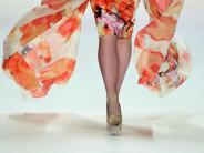Mode: Große Muster, knallige Farben: Diese Sommerkleider sind Trend