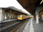 Toter auf U-Bahn: Leiche eines 22-Jährigen auf Dach von Berliner U-Bahn gefunden