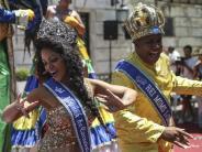 Karneval in Rio: Zehntausende Menschen feiern Höhepunkt des Karnevals in Rio