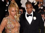 """Musikalische Vorwürfe: """"Deine Ehe bringt Dir Millionen ein"""": Jay-Z kontert mit Rap Beyoncé"""