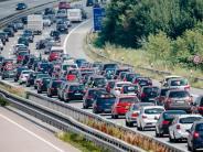 """ADAC: """"Staureichste Wochenende des Jahres"""": Das kommt auf Autofahrer zu"""