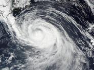 Wirbelsturm: Starker Taifun trifft auf Tsunami-Region in Japan