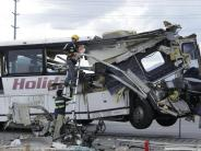 USA: Busunglück in Kalifornien: 13 Tote und 31 Verletzte
