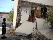 Katastrophe: Erdbeben in Italien: Die Menschen stehen vor Trümmern