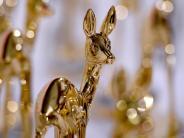 Schaulaufen der Stars: Bambi-Gala 2016:Papst, Löw und Sting
