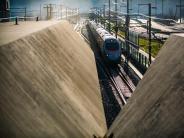 Mitten durchs Gebirge: Gotthard-Basistunnel in Betrieb genommen