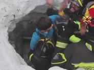 Italien: Lawinenunglück: Ein kleines Wunder in der Katastrophe