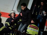 15.000 Volt: Stromleitung stürzt auf ICE mit hunderten Fahrgästen