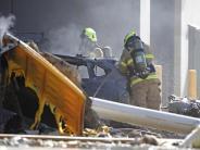 Australien: Kleinflugzeug stürzt in Melbourne auf Einkaufszentrum - fünf Tote