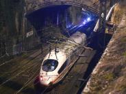 Bahnstrecken lahmgelegt: Sturmtief «Thomas» fegt über Westen Deutschlands hinweg