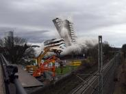 Kontrollierte Sprengung: Bonn-Center gesprengt - Stadt verliert ein Wahrzeichen
