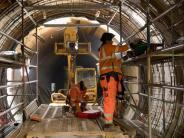 Rohbau der Tunnelröhren fertig: Berliner «Kanzler-U-Bahn»: Durchbruch am Brandenburger Tor