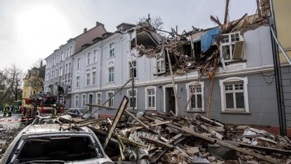 Frau nach Explosion in Wohnhaus in Dortmund tot aufgefunden