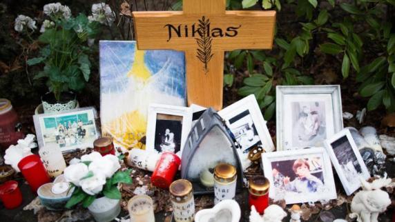 Fall Niklas: Mutter von totem 17-Jährigen sitzt in Türkei in Haft