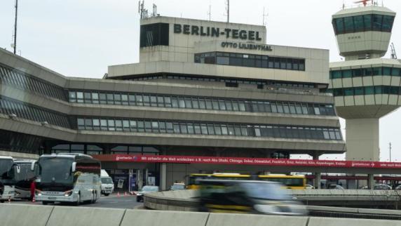Flugverkehr in Berlin-Tegel vorübergehend eingestellt