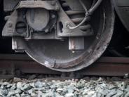 Bahnverkehr: Nach dem ICE-Unfall in Dortmund entgleiste Wagen geborgen