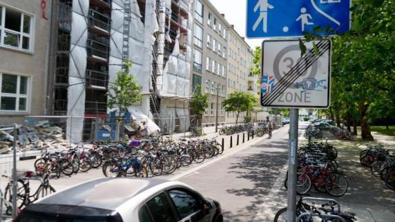 Prenzlauer Berg Gericht erlaubt temporäre Spielstraße für vier Stunden pro Monat